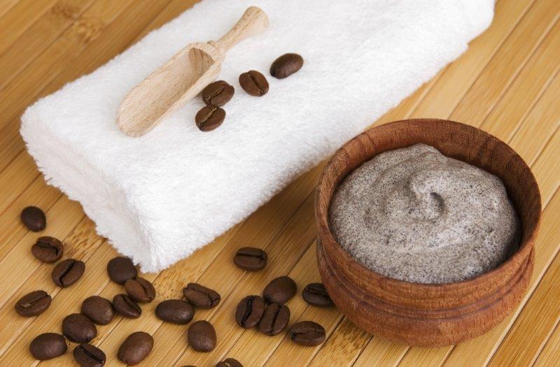 Kawa działa antycellulitowo.
