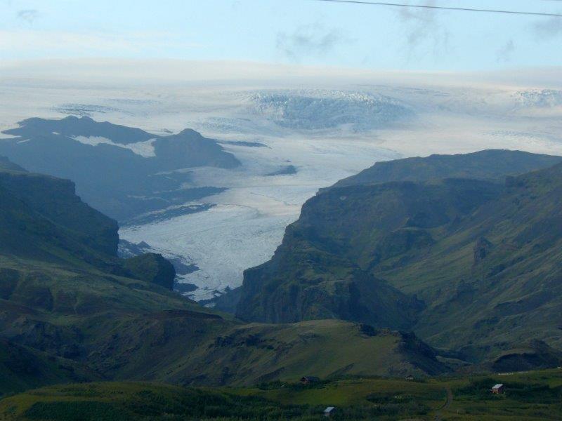 Lodowce zajmują niemal 80% powierzchni Islandii. (fot.: materiały własne Róża Detmer)