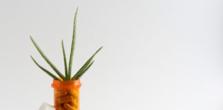 Aloes i tabletki w słoiczku