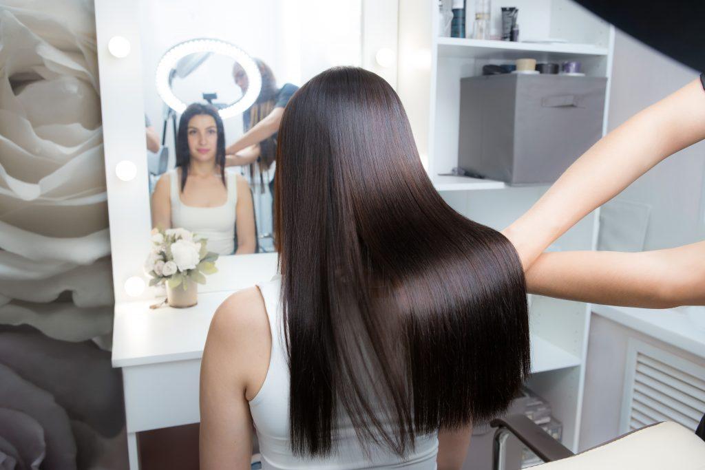 keratynowe prostowanie włosów