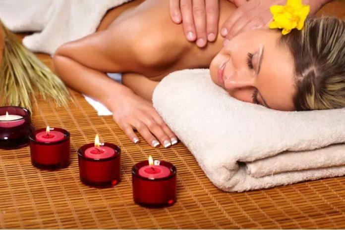 kobieta masaż