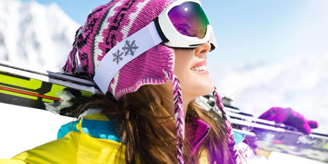 przebarwienia po nartach