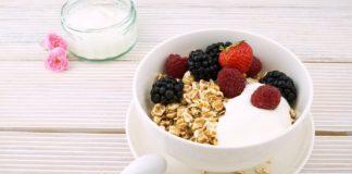 Płatki z jogurtem